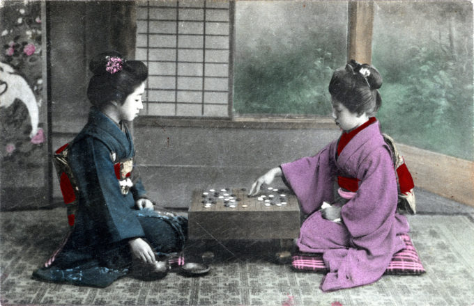 Onnanoko playing goh, c. 1910.